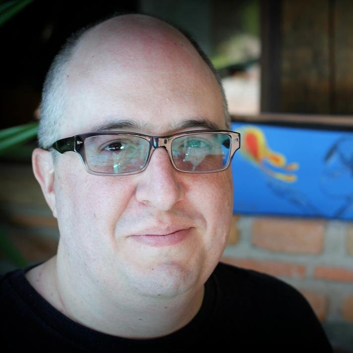 Entrevista a Ricardo García Mainou de la librería El Faro de Alejandría