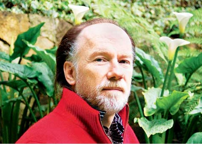 La batalla de los libros. Andrés Hoyos en El Espectador
