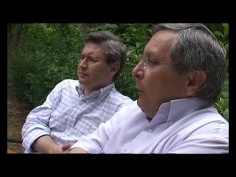 La macdonalización del libro. Manuel Gil y Fco. Javier Jiménez en Revista Texturas 8