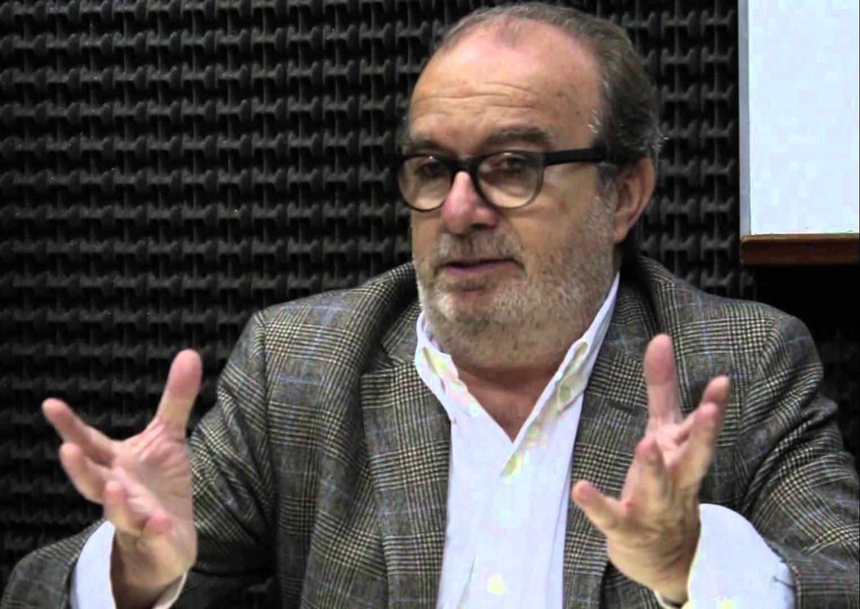 """Manuel Borrás: """"Editores y prensa colaboramos a la santificación de la mediocridad"""". Entrevista con Winston Manrique"""